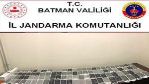 Batmanda 100 adet kaçak cep telefonu ele geçirildi