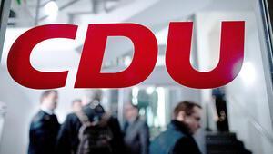 CDU parti kongresi yine ertelendi
