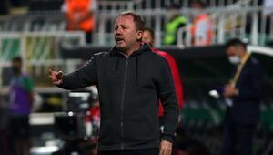 Beşiktaş Teknik Direktörü Sergen Yalçın açıklamalarda bulundu