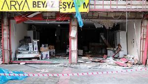 Son dakika haberler... İskenderundaki patlamanın ardından bu sabah... 'Türk bayraklı' tepki.. İşte bölgeden görüntüler