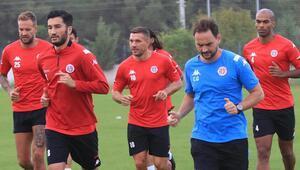 Antalyaspor evindeki yenilmezlik serisini Fenerbahçe maçında sürdürmek istiyor