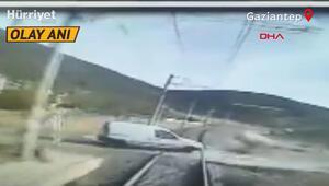 Çok acı olay Hemzemin geçitte dayı ile yeğenin öldüğü kaza kamerada