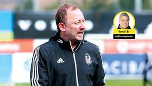 Son Dakika Haberi | Beşiktaşta Sergen Yalçın: Savunma sorunu çözeceğiz