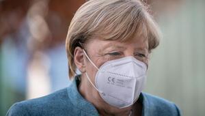 Merkel'in planı sızdı... Tiyatrolar, dövmeciler, barlar, havuzlar...