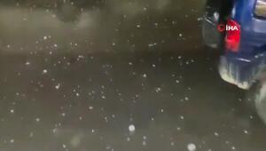 Libyada ceviz büyüklüğünde dolu yağdı