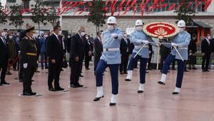 Taksimde Cumhuriyet Bayramı töreni