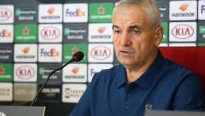 Rıza Çalımbay: Hiçbir takımdan korkumuz yok, Türkiye için oynayacağız...