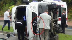 Şaşkına çeviren anlar Kaza sonrası araç plakasını sökme yarışı
