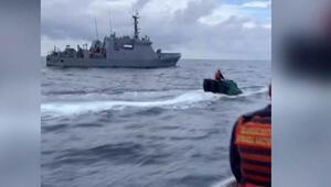 Denizaltıyla 60 milyon dolarlık uyuşturucu kaçırırken yakalandılar