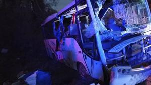 Ispartada feci kaza 1 ölü 24 yaralı