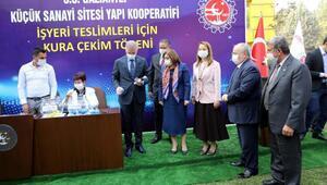 Gaziantepte yapımı tamamlanan 82 iş yerinin kura çekilişi yapıldı