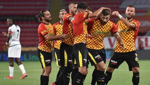 Son Dakika   İzmirdeki deprem sebebiyle Göztepe - Alanyaspor maçı ertelendi