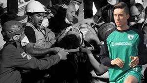 Son Dakika | İzmirdeki depremde enkaz altında kalan futbolcu kurtarıldı Annesi ise hayatını kaybetti...