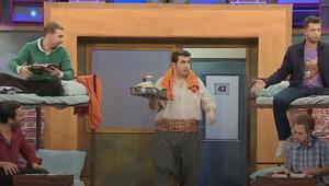 """""""Yurtta çiğ köfte partisi"""" çok güldürecek..."""