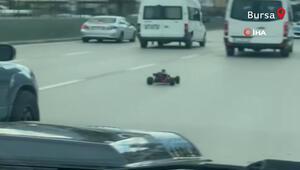 Oyuncak yarış arabası Bursa trafiğini birbirine kattı