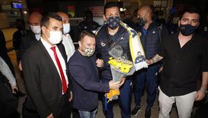 Fenerbahçe kafilesi Antalyaya geldi
