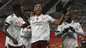 Arsenal, Manchester Unitedı tek golle geçti
