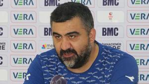 Adana Demirsporda Ümit Özat, 1 puanın değerine dikkat çekti