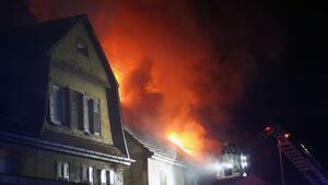 Nürtingen'de yangın: İki kişi öldü çok sayıda kişi yaralandı