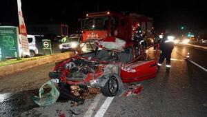 TIRa arkadan çarpan otomobilin sürücüsü yaralandı