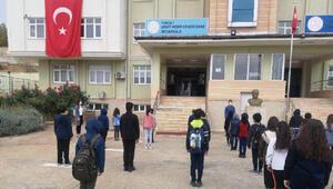 Tunceli'de 5 ve 9uncu sınıflarda ders zili çaldı