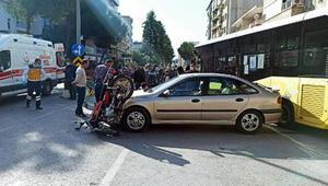 Otomobil ile çarpışan motosikletteki 2 kişi yaralandı