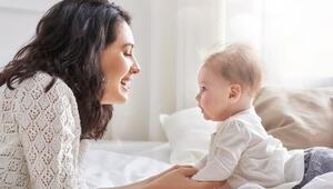 Bebeklerin her gün öğrenmelerine yardımcı olan 8 şey