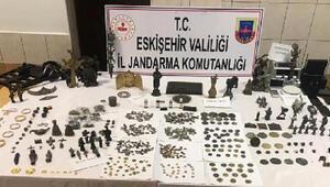 Eskişehir'de 2 bin 540 adet tarihi eser ele geçirildi