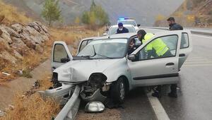 Tercan'da trafik kazası: 3 yaralı