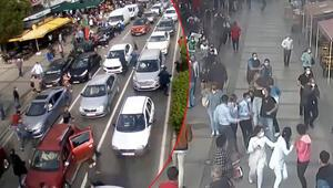 Son dakika... İzmirdeki depremden yeni görüntü Araçlarını bırakıp kaçtılar