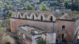 Hayalet köyün tarihi kiliseleri restore edilecek