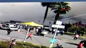 İzmir depreminde enkaza dönen Rıza Bey apartmanının yıkılma anı kamerada