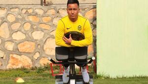 Yeni Malatyaspor'un Perulu oyuncusu Cueva, Malatyada şampiyonluk yaşamak istiyor