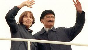 Bülent Ecevit ölüm yıl dönümünde anılıyor: Bülent Ecevit kimdir, ne zaman öldü