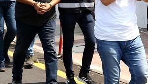 Yunanistanda FETÖ üyesi 3 kişi sahte Yunan kimliğiyle yakalandı