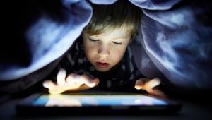 Anneler babalar dikkat Çocuklarınızın kullandığı uygulamaları ve oyunları mutlaka kontrol edin