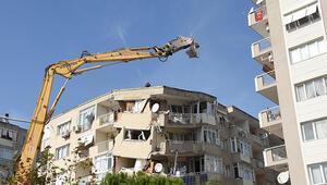 Son dakika haberler: İzmir'de deprem sonrası yıkımlarda bayrak hassasiyeti