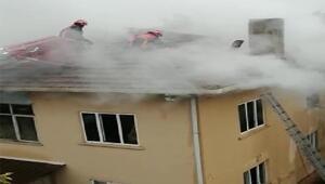 Sakaryada korkutan çatı yangını