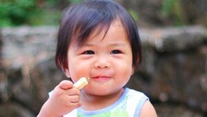 İngiliz bilim insanları: Kötü beslenme çocukların 20 cm kısalmasına neden oluyor