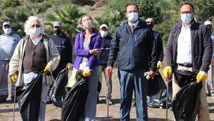 Son dakika haberler: Bodrumda doğa kazanacak sloganıyla Akvaryum Koyunda kıyı temizliği yaptılar