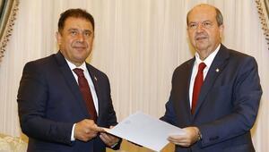 KKTCde Cumhurbaşkanı Tatar hükümet kurma görevini Sanere verdi