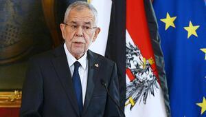 Cumhurbaşkanı Van der Bellen hastaneye kaldırıldı