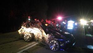 Ağlasun'da otomobiller çarpıştı: 2'si kardeş 3 ölü, 2 yaralı