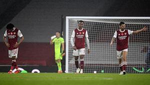 Arsenal sahasında Aston Villaya 3-0 mağlup oldu