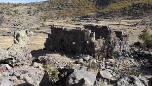 İç Anadolunun Efesi olmaya aday Mokissos Antik Kenti ayağa kaldırılmayı bekliyor