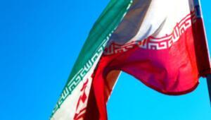 İranda borsa mağdurları protestoda bulundu