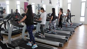 Spor salonları yeniden açılıyor