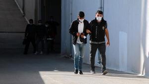 Adana'da uyuşturucu satıcılarına operasyon: 2 tutuklama