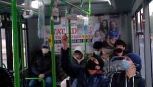 Bursada İnegöl Belediyesi otobüsleri kitaplarla donattı