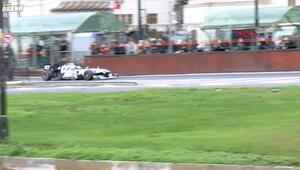 İstanbulun tarihi yerlerinde Formula 1 araçları turluyor